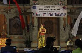 Gek Sandya dan Rina Tampilkan Beragam Lagu dalam Grand Final Jegeg Bagus SUKSMA 2021