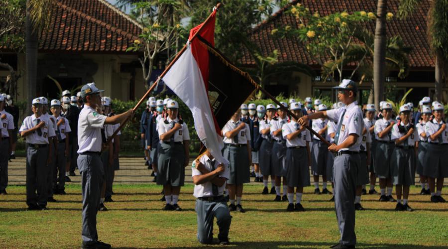 Pelantikan Ketua dan Kepengurusan OSIS SUKSMA Masa Bakti 2021/2022 di SMA Negeri 1 Sukawati
