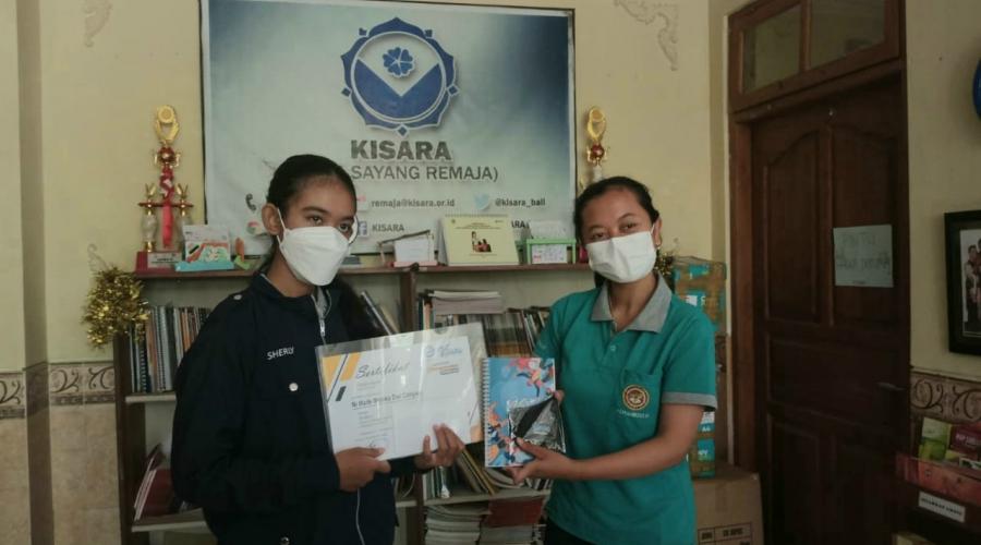 Dirinya Tak Menyangka, Siswi Ini Berhasil Membawa Pulang Juara Pertama Menulis Artikel